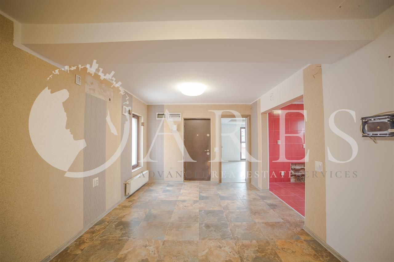 Vanzare Apartament 4 Camere Vitan