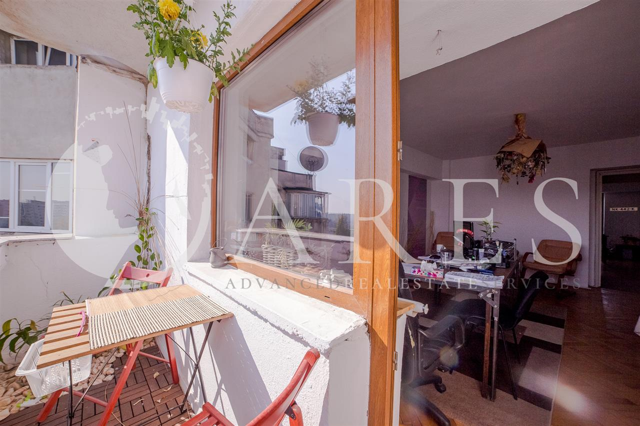 Vanzare Apartament 3 Camere Decebal
