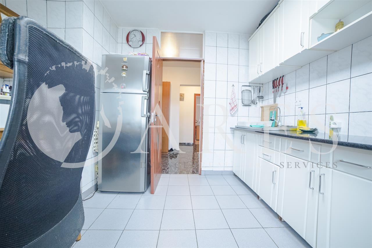 Apartament 3 Camere 82 MP Decomandat Vitan Mall Comision 0 %