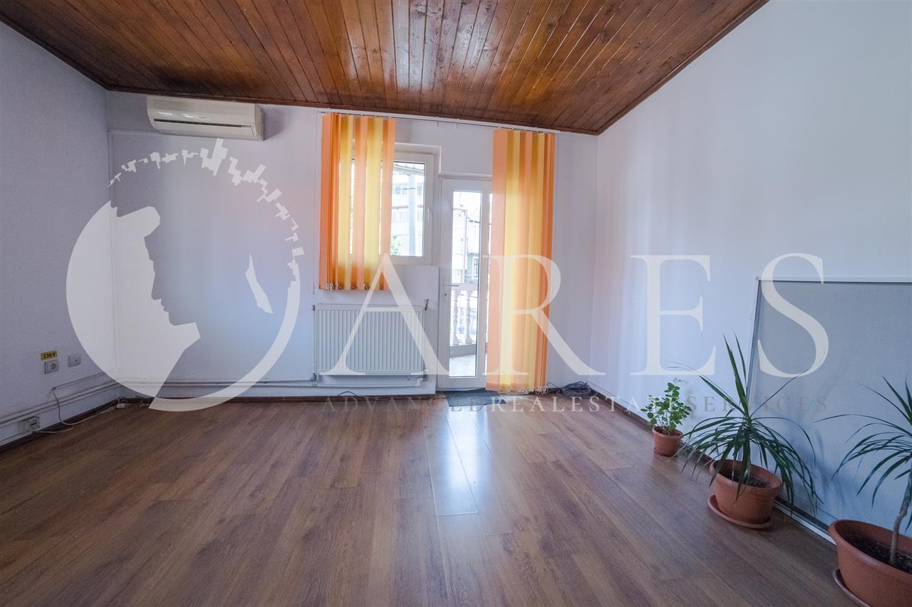 Vanzare Vila 8 Camere Unirii Budapesta Comision 0 %